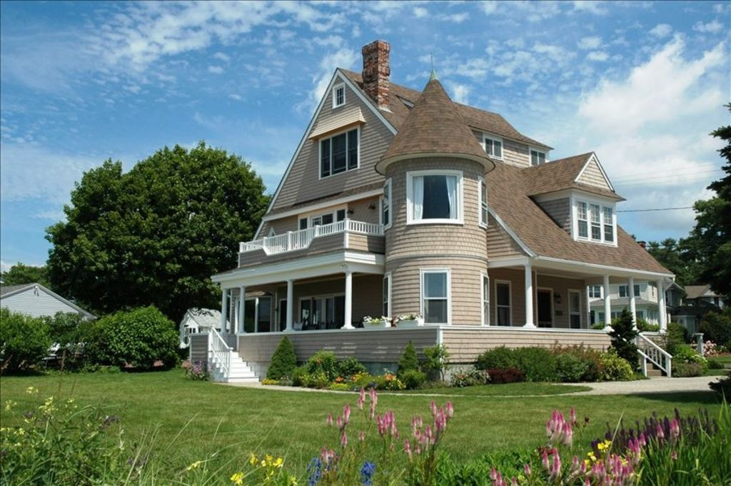 Rental Car Philippines >> Oceanfront Victorian Cottage / Private Beac... - HomeAway