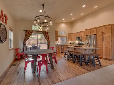Photo for PineCrest - 4 BR 3 BA in Winter Creek - Hot Tub Too!