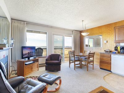 Photo for Waterfront Condo on the Top Floor