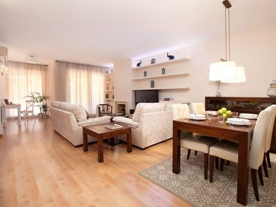Photo for Luxury apartment with wide terrace next to the Barcelona Fair