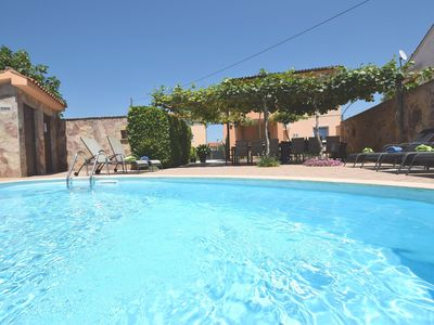 Photo for Charming villa 800m from the sea with private pool and BBQ, parking, WiFi, airco