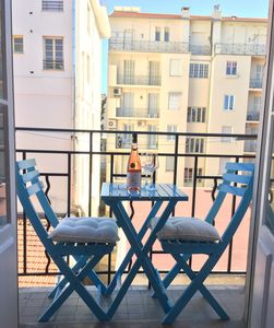 Photo for VILLA RIVOLI - Charming character 1 bedroom apartment in Carre D'or