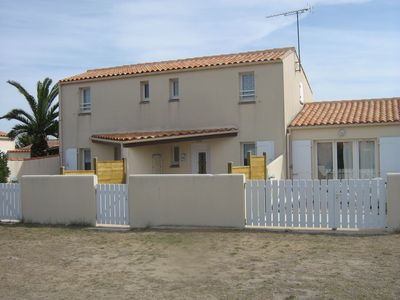 Photo for Holiday rental at 80m. from the beach