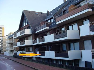 Photo for Ground floor apartment with a balcony facing the dunes - Haus Belvedere App. 3