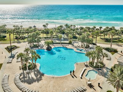 Photo for Unit 904,  One of the finest vacation beach resorts in Destin!