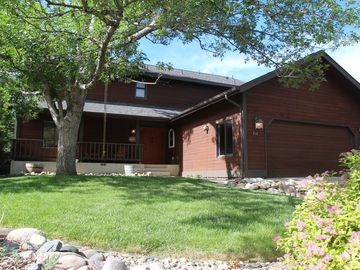 Fun Home to Gather in, with easy access to Old Town, CSU, the Foothills and more