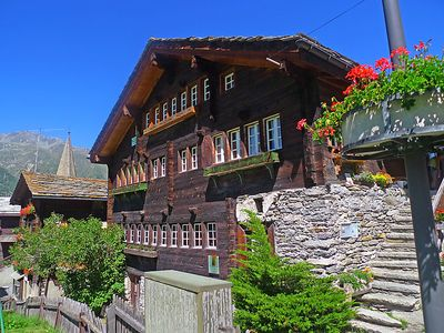 Photo for 3 bedroom Apartment, sleeps 5 in Grächen