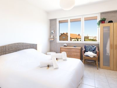 Photo for Apartment in the center of Antibes, up to 4 persons to sleep
