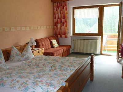 "Photo for Double room with shower / WC ""A"" - Gästehaus Susanne - Familie Wild"