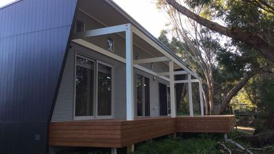 Photo for Stringy Bark, a Modern Water-Front House *WINTER SPECIALS*