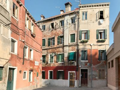 Photo for One bedroom Apartment, sleeps 3 in Castello di Godego with Air Con and WiFi