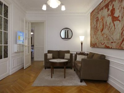 Early Check-in Possible - NEW Quiet Art Deco Apartment near the Famous Catacomb