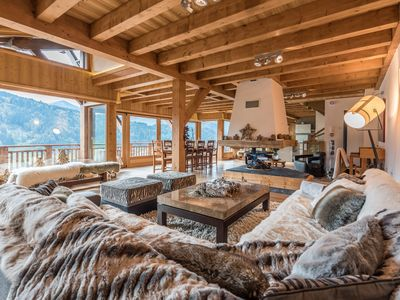 Photo for OMAROO II - Luxury chalet with fireplace, private sauna and breathtaking view, capacity of 8
