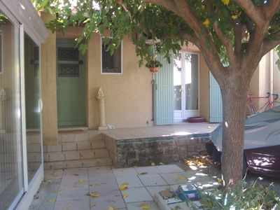 Photo for charming little house with no floor with its two courses, two steps from the center