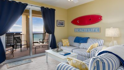 Photo for Beautiful! New on the Rental Market. King Bed. Immaculate. Easy access to Beach and Pool!