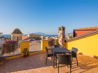 Photo for Appartamento Ramiro A: A cozy apartment located in the center of Sorrento, with Free WI-FI.