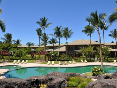 Photo for Outfitted for kids, next to pool, private beach, stocked kitchen, beach toys