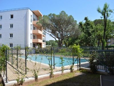 Photo for Apartment Fréjus, 2 bedrooms, 6 persons