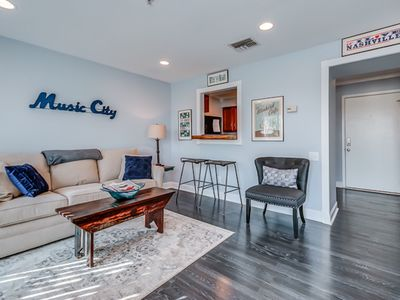 Photo for Downtown Nashville. Cute & Cozy, & Right In The Center Of Everything!