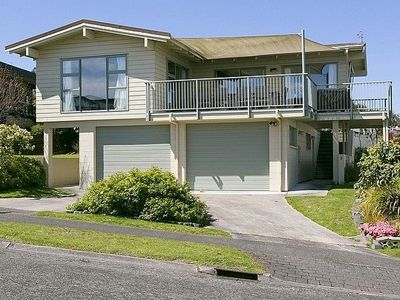Photo for Golders Heights - Taupo Holiday Home