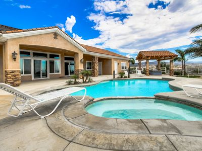 Photo for Timeless dog-friendly studio w/ shared pool & hot tub, beautiful valley views
