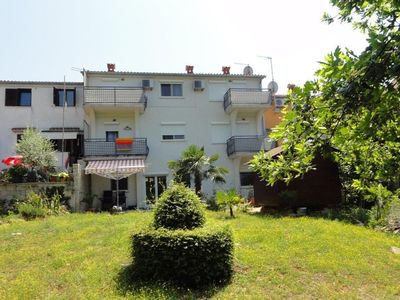 Photo for Holiday apartment in quiet sourroundings with air conditioning