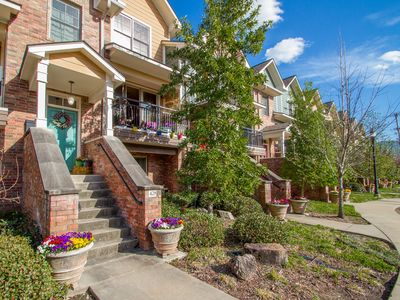 Photo for Argenta Townhome in Downtown North Little Rock - Walk to downtown events!
