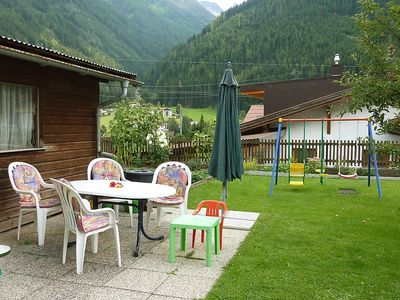Photo for Apartment in the center of Pettneu am Arlberg with Parking, Internet, Garden (32893)