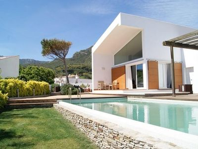 Photo for Modern detached house with private pool for 10 people in Llança, Costa Brava
