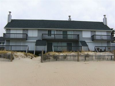 Photo for Oceanfront Townhouse in family-friendly Tower Shores