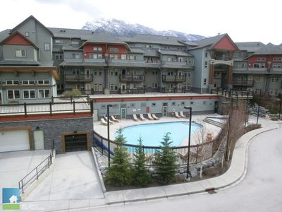 Year round access to the heated outdoor pool and hot tub.