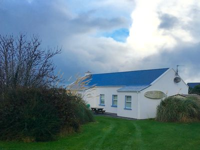 Photo for Modernised comfortable cottage close to blue flag beaches on the Dingle way