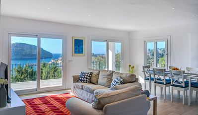 Photo for Impeccable villa with fantastic views to the Port de Soller bay