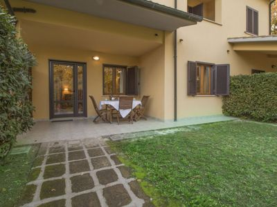 Photo for One bedroom Apartment, sleeps 4 in Sant'Anna with Pool and WiFi