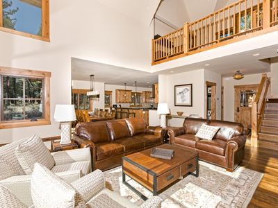 Photo for Caleb's Beautiful Old Greenwood 4 BR - Sleeps 10 + HOA Pool, Gym, + Ski Shuttle