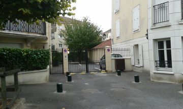 Search 912 holiday rentals