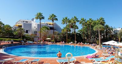 Photo for Lovely studio apartment in hart of Playa de Las Americas