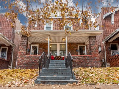 Photo for Family Friendly , Fully Renovated 3BR Luxury Home. Centrally located in St.Louis