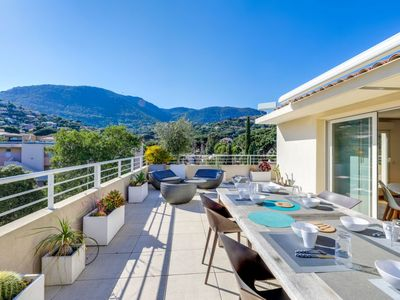 Photo for 3 bedroom Apartment, sleeps 6 in Cavalaire-sur-Mer with Pool, Air Con and WiFi