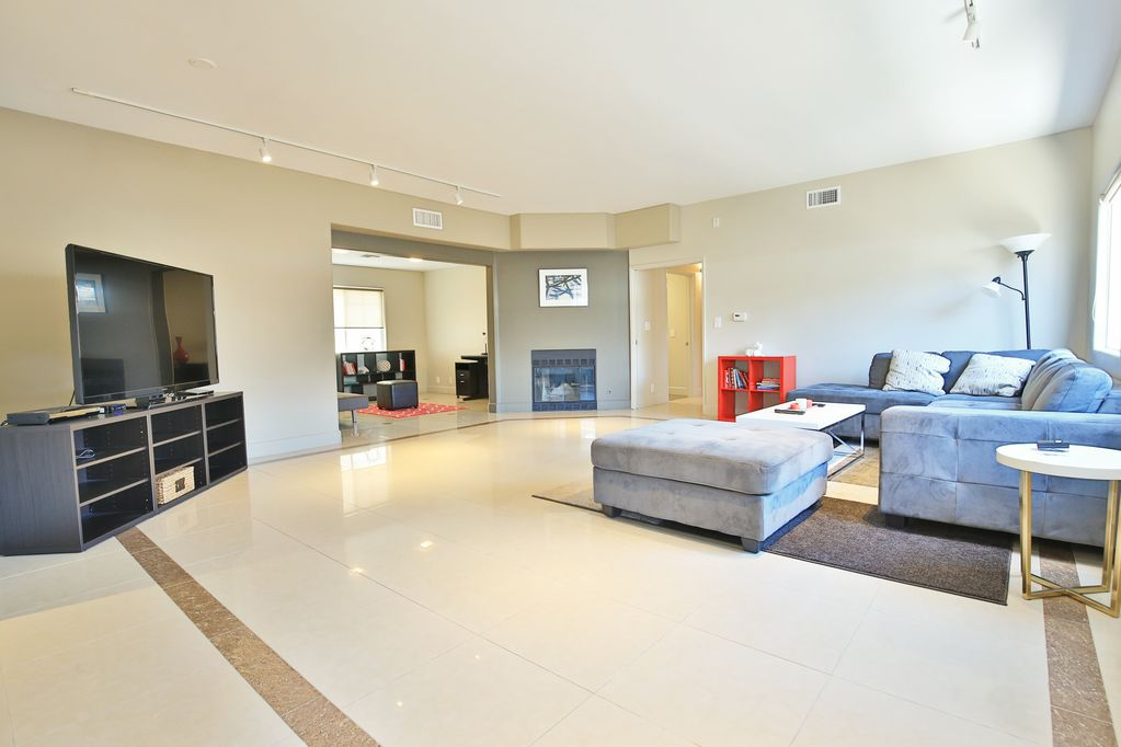 Ultra moderne 5 Chambre moderne Beverly Hills / West Hollywood Getaway pour  10 personnes! - Beverly Grove