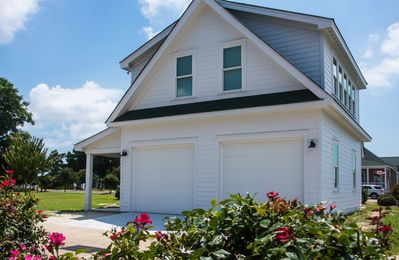Photo for Caroline Cottage located Historic Waterfront District.   Cleaning Fee Included