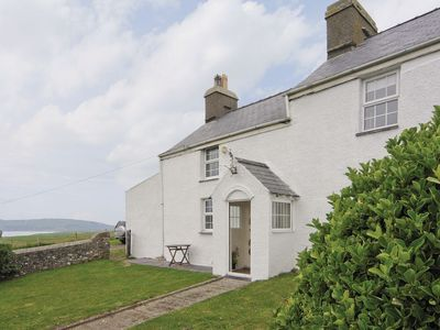 Photo for 1 bedroom property in Abersoch.