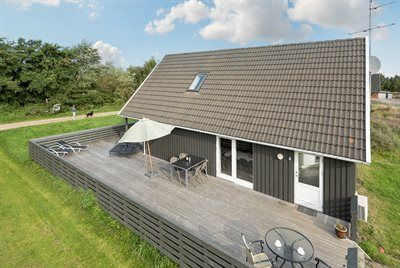 Photo for 5 bedroom accommodation in Rømø