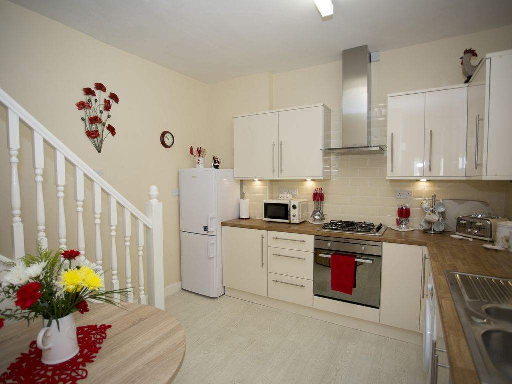 The Little House by the Park: Two bedroomed house opposite Clarence ...