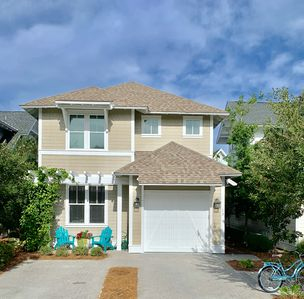 Photo for HoneyPops Beach House! No Manager Fees! 4 Bikes !