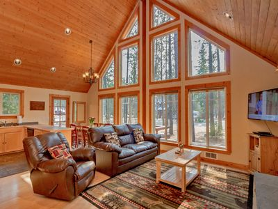 Photo for Cozy cabin near the Lake and Suncadia! Free Night Specials! Hot Tub & WiFi