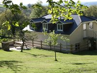 Fantastic views ,lovely accommodation,everything you need,very comfortable and made you feel welcome