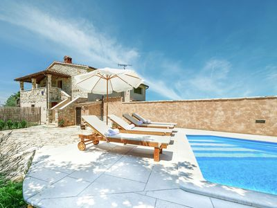 Photo for With private swimming pool and quiet location 6 km from Porec and beach