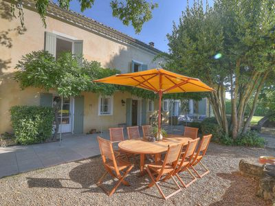 Photo for A stunning family home, 5 minutes from Uzes and 30 minutes from Avignon.