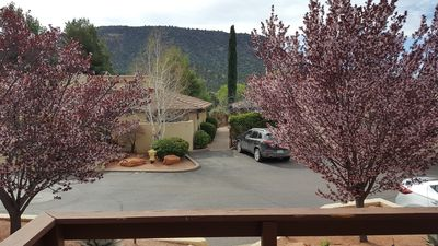 Photo for Canyon Mesa Country Club Town-home with Mountain Views.